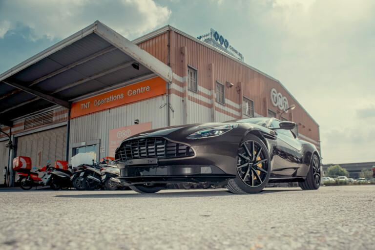 Aston Martin DB11 blend JPG50